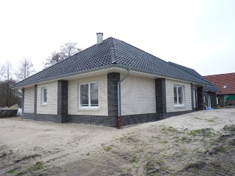 Bungalow in Wüsting